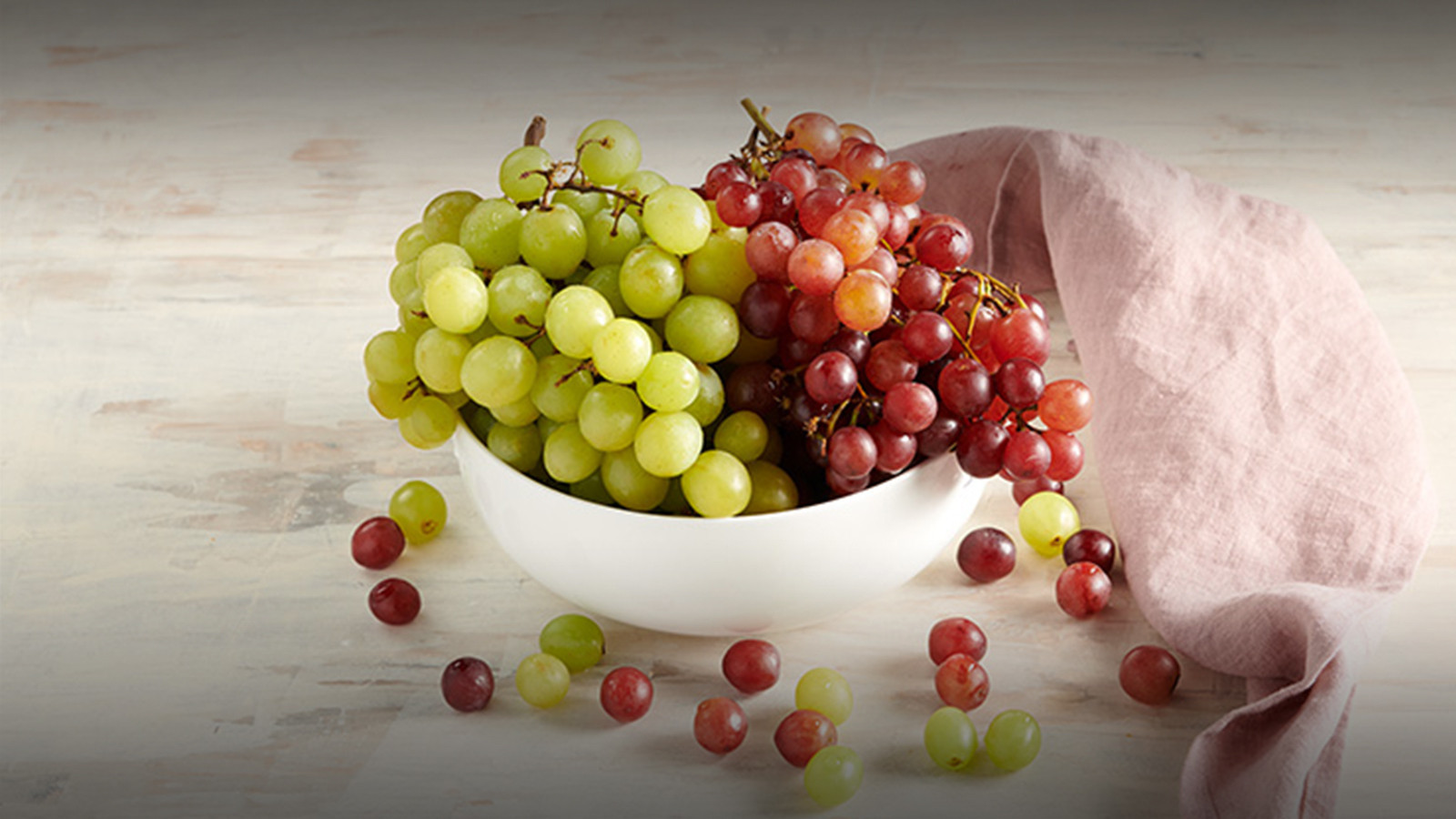 Red and Green Seedless Grapes