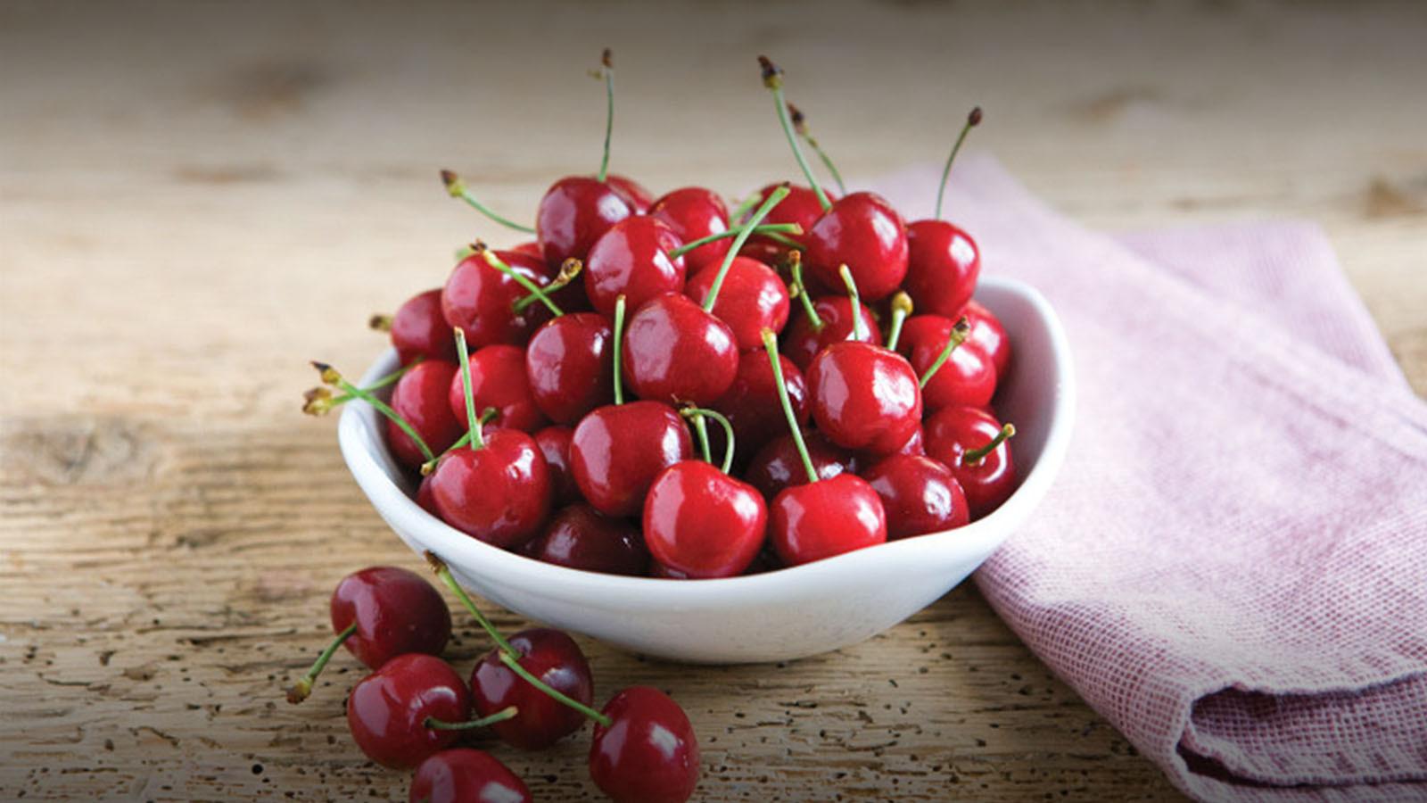 Jumbo Red Cherries