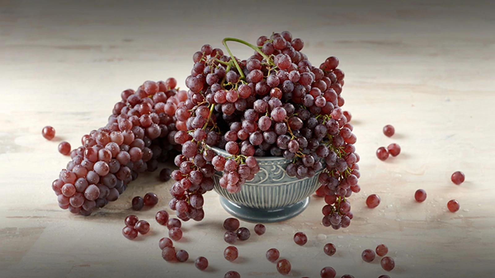 Concord or Champagne Grapes